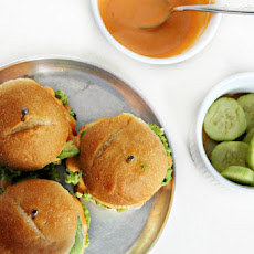 Edamame Sliders with Sriracha Mayo and Avocado