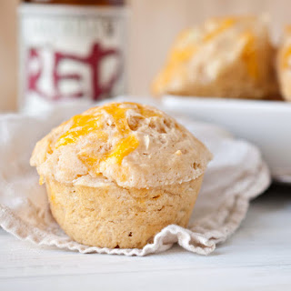 Cheddar Beer Bread Muffins