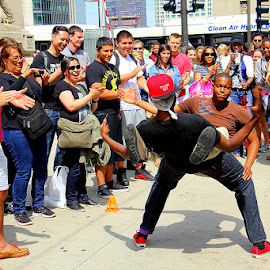 Street performers in Chicago by Leong Jeam Wong - People Musicians & Entertainers ( break, street, performer, rap, dance, crowd )