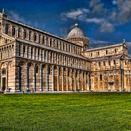 Pisa tower  and Catheral by Paul Telford - Buildings & Architecture Public & Historical ( tower, leaning, paul telford, pisa, cathedral, italy, photography )