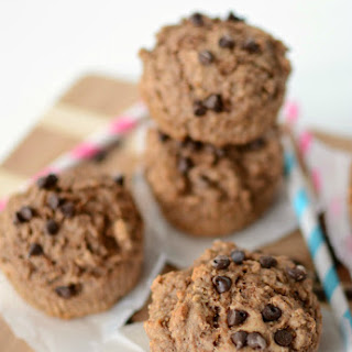 Skinny Chocolate Muffins {Only 102 calories each!}