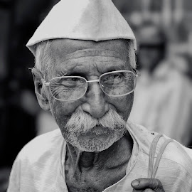 A old man  by Yogesh Waikul - People Portraits of Men ( monochrome, old man, india, maharashtra, man )