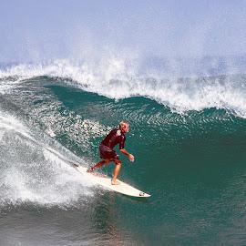 by Abdul Rahman - Sports & Fitness Surfing
