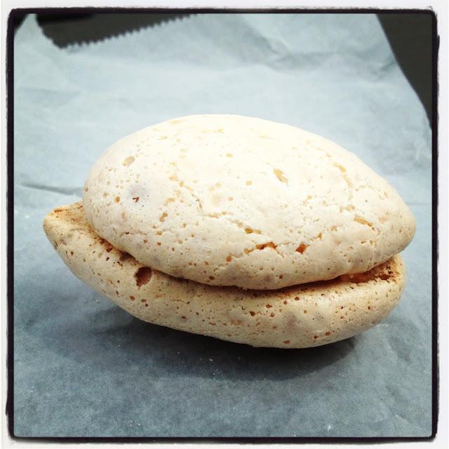 Stuffed Vanilla Macaroon