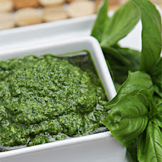 Basil Pesto – One That Will Stay Bright Green!