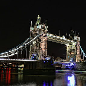 Shiny night by Berrin Aydın - Buildings & Architecture Bridges & Suspended Structures ( thames, london, tower bridge, night, united kingdom,  )