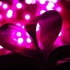 love book by Midhun R - Abstract Light Painting