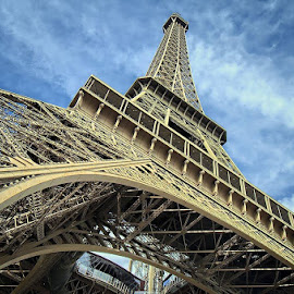 Eiffel by Darlis Herumurti - Buildings & Architecture Statues & Monuments (  )