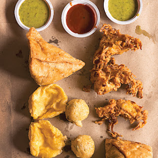 Samosas (Fried Potato-Filled Pastries)