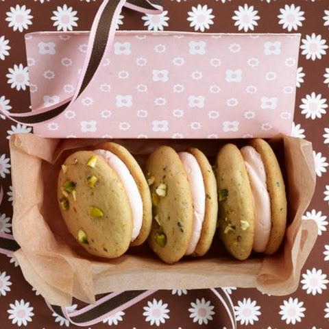 Pistachio Cardamom Macarons with Rosewater Icing Recipe | Yummly