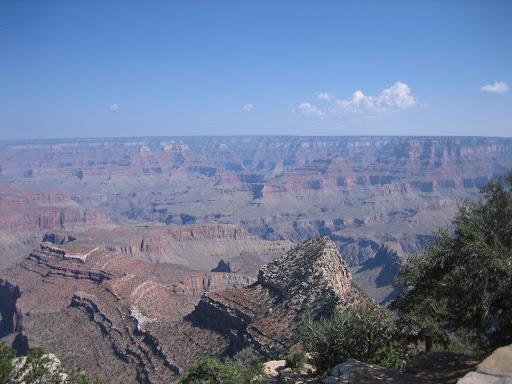 W najgłębszym miejscu (Granite Gorge – Wąwóz Granitowy) 2133 m głębokości