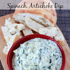 Slow Cooker Cheesy Spinach And Artichoke Dip
