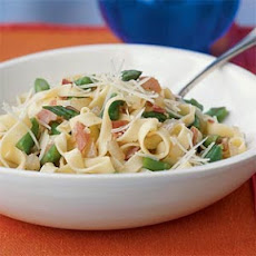 Fettuccine with Prosciutto and Asparagus