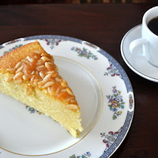 Almond Cake with Pignolis