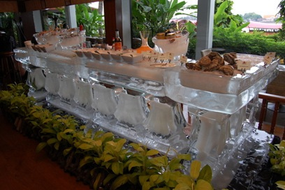 ice table for fresh seafood