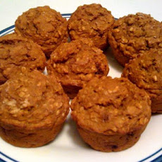 Low-Fat Oatmeal Pumpkin Muffins
