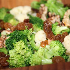 Broccoli Raisin Cauliflower Salad