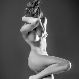 Sculptural B&W by Andrey Stanko - Nudes & Boudoir Artistic Nude ( stanko, girls, b&w, nude, naked, beauty )