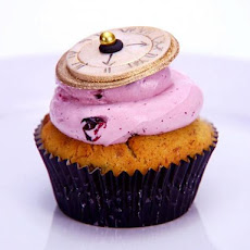 Absinthe, Almond, Black Currant and Cherry Cupcakes with Poppy Seeds