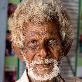 India by Diego Scaglione - People Portraits of Men ( looking, old, indian, beard, man )