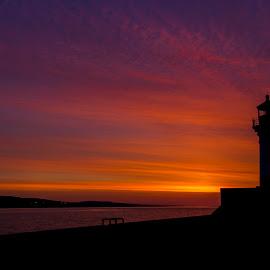 Lighthouse Sunrise in Duluth by Bill Kuhn - Landscapes Sunsets & Sunrises ( duluth, lighthouse, lake, lake superior, sunrise, morning )