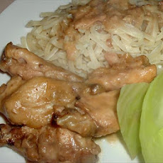 Easy Crock Pot Chicken Stroganoff