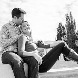 Cheesman Love by Jenna Rortvedt - People Couples ( colorado engagement, black and white, cheesman park, couples portraits, engagement )