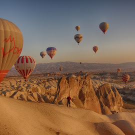 Morning in Kapadokya.. by Korhan Kilic - City,  Street & Park  Skylines ( beatiful, sky, turkey, balloons, cappadocia )