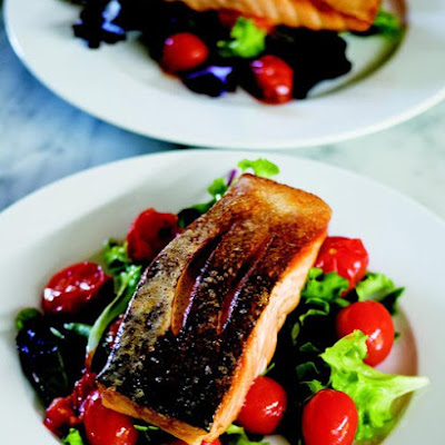 Crispy-Skin Salmon Salad with Roasted Cherry Tomatoes
