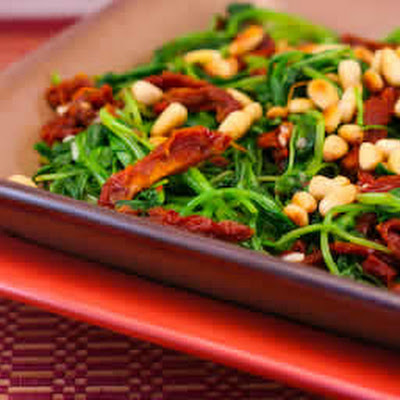 Sauteed Broccoli Rabe with Sun-Dried Tomatoes and Pine Nuts