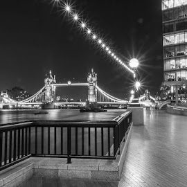 London Bridge at night by Steve Trigger Bastin - Buildings & Architecture Bridges & Suspended Structures