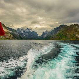 Power landscape by Catalin Tibuleac Fotografie - Landscapes Travel ( clouds, water, mountains, flag, sky, lofoten islands, fjords, boat, lofoten, norway )