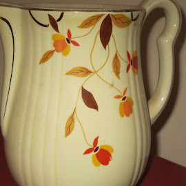 Grandmother's Tea Pot by Marcia Taylor - Novices Only Objects & Still Life (  )