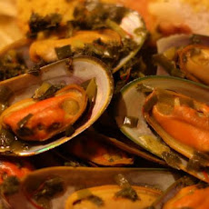 Steamed Mussels in Saffron Wine Broth