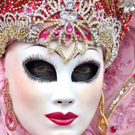 by Bruno Brunetti - People Musicians & Entertainers ( solange, carnival, venice, mask, pink )