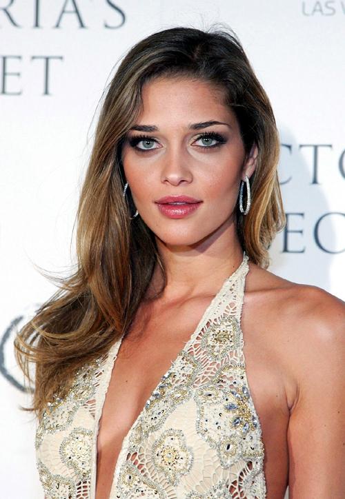 actress Ana Beatriz Barros/pics/of/wikipedia/youtube/latest