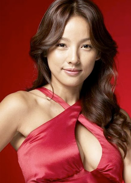 Lee Hyo Ri (이효리) Isa Knox Photos