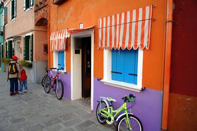 مدينة الالوان ايطاليا