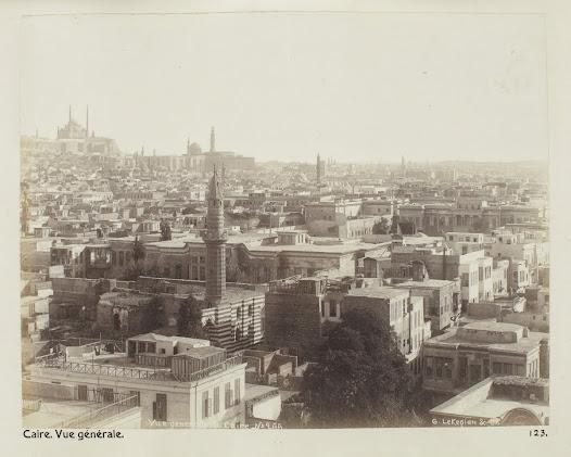 År 1900 var Kairo en modern storstad där europeiska och amerikanska turister hittade allt de behövde.