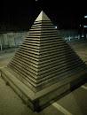 Ministrska Piramida