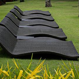 by Alberto Mallari - Artistic Objects Furniture