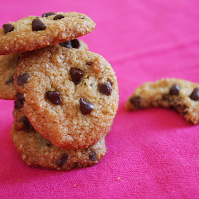 Almond- Chocolate Chip Cookies