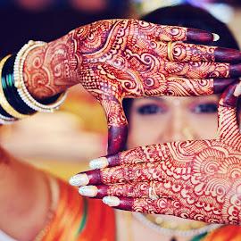 mehndi by Pravin Dabhade - Wedding Details ( canon, mehndi, other, details, weddings, bride )
