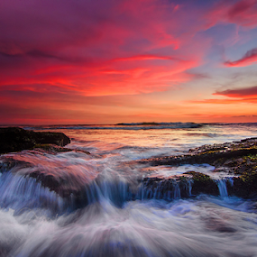 flow by Raung Binaia - Landscapes Waterscapes