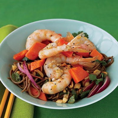 Papaya, Shrimp, and Soba Salad