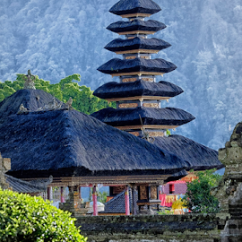 Ulundanu Temple by Ferdinand Ludo - Buildings & Architecture Places of Worship ( temple, bali, place of worhsip )