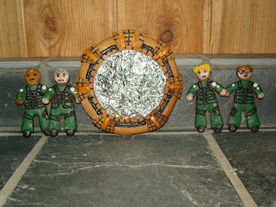 Polly_H_Stargate_Geekcake_Long