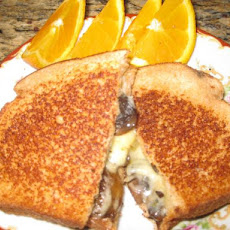 Mushroom and Pepper Cheese Toastie (Grilled Cheese Sandwich