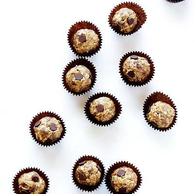 Cashew Dark Chocolate Energy Bites