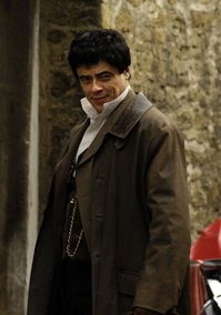 Actor Benicio Del Toro takes a break during the filming of 'Wolfman' in Lacock, Wiltshire Thursday, April 10, 2008. (Photo Matt faber/Gazette and Herald)